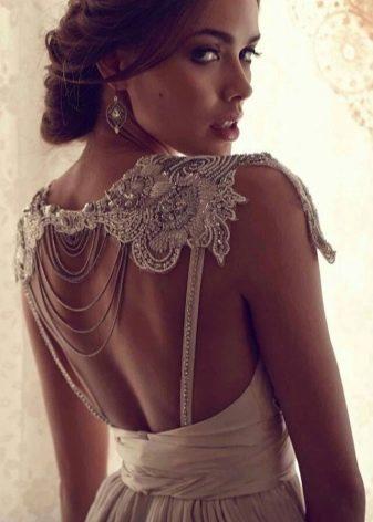 Свадебное платье с открытой спиной от Анны Кэмпбел