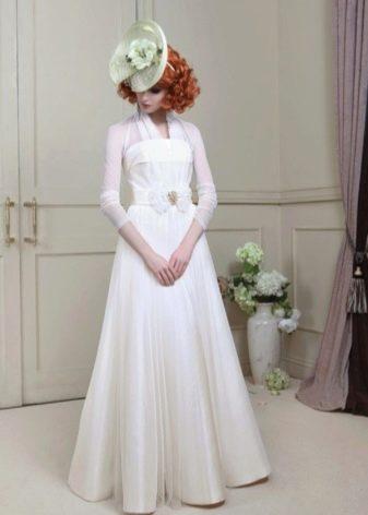Свадебное платье с закрытым прозрачным верхом