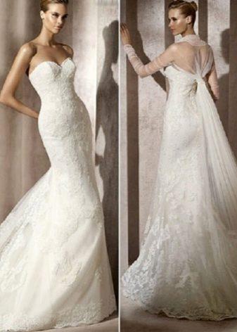 Свадебное платье с накидкой из органзы