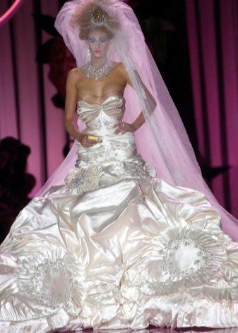 Свадебное страшное платье от Кристина Диора