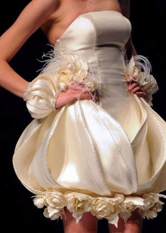 Жуткое свадебное платье от Tsai Meiyue