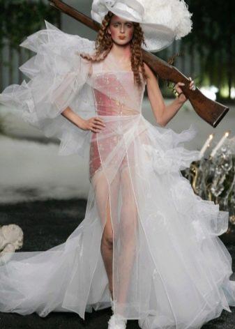 уродливое свадебное платье