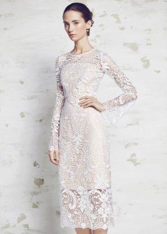 Свадебное платье закрытое кружевное миди