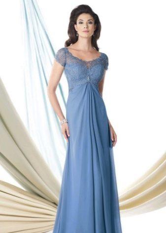 Вечернее платье с кружевным верхом для женщин 50 лет