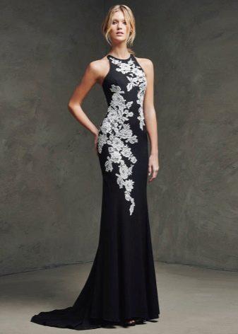 Вечернее чорное платье русалка с вышивкой