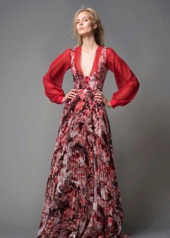 Вечернее платье в пол с широким рукавом