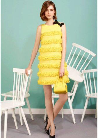 Вечернее платье желтое в стиле 60-х