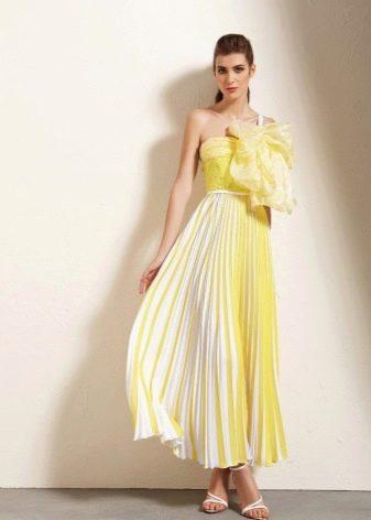 Вечернее летнее платье желтое
