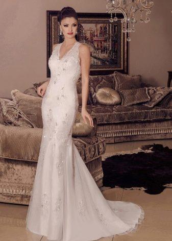 Свадебное платье кружевное декорированное