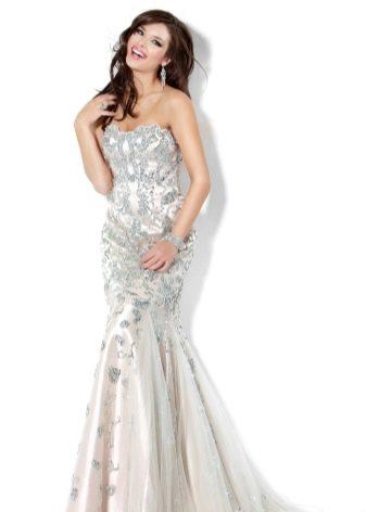 Вечернее платье белое гламурное
