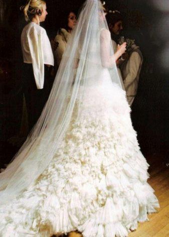 Свадебное платье Элизабет Херли от Версаче