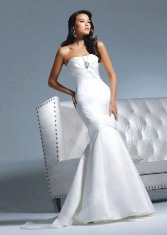 Свадебное платье  с платиновой нитью