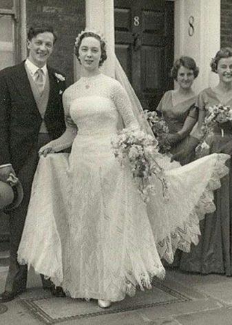 Свадебное платье Yves Saint Lauren