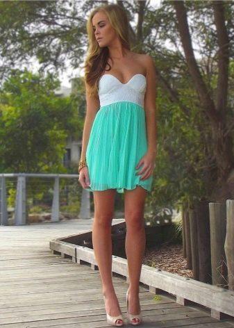 Бело-бирюзовое платье
