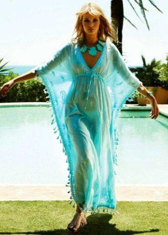 Легкое бирюзовое платье