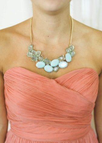 Аксессуары для кораллового платья
