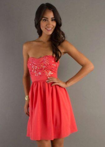 Красно-оранжевое коралловое платье