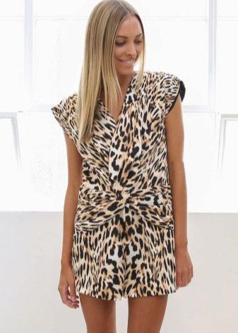 Короткое леопардовое платье