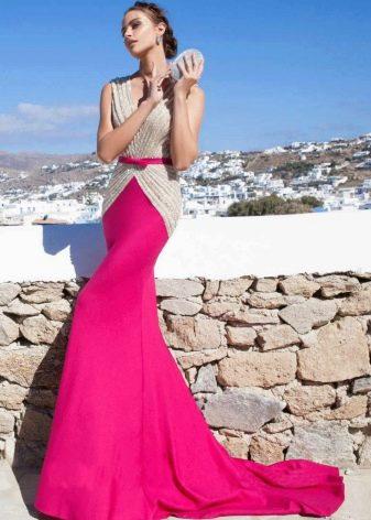 Платье цвета фуксии с серебристым жакетом