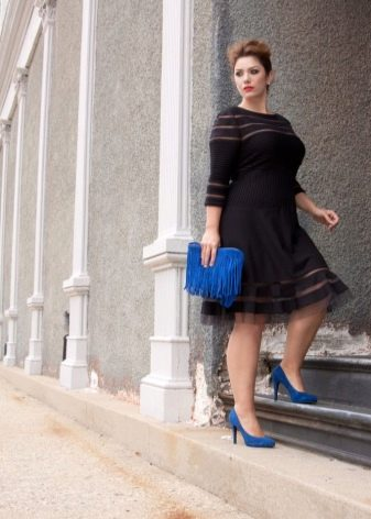 Платье средней длины для полных женщин