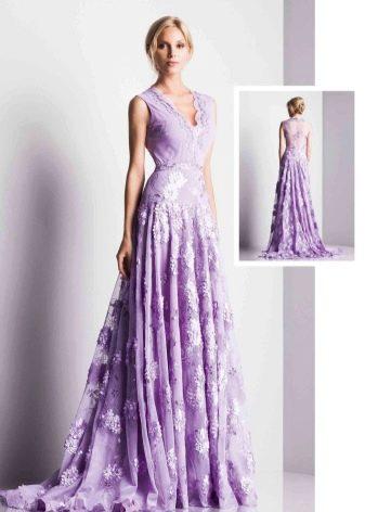 Сиреневое платье для блондинки