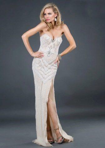 Золотыстое платье для блондинки