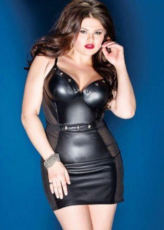 Кожаное платье для полных с прозрачными боками