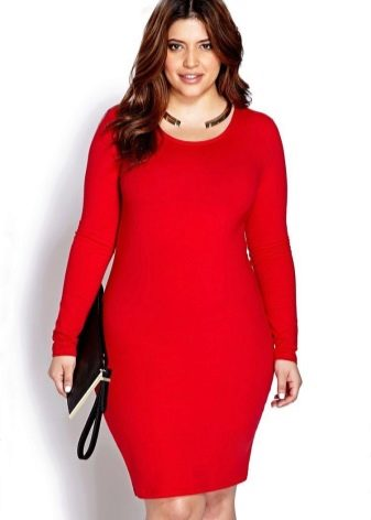 Красное платье для полных женщин