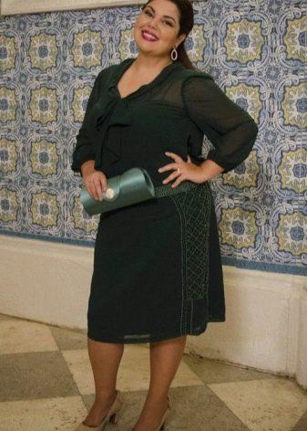 Платья для полных невысоких женщин