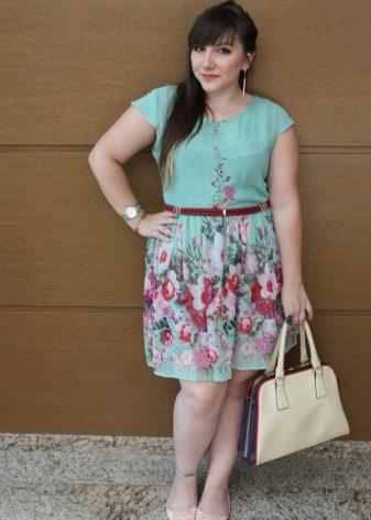 Аксессуары для платья на полную невысокую девушку