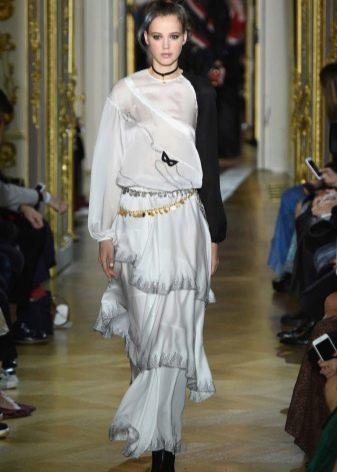 Платье белое с рукавами от Ульяны Сергеенко весна 2016