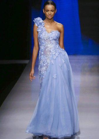 Голубое платье со вставкой из органзы