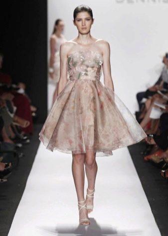Коктейльное платье из органзы цветное