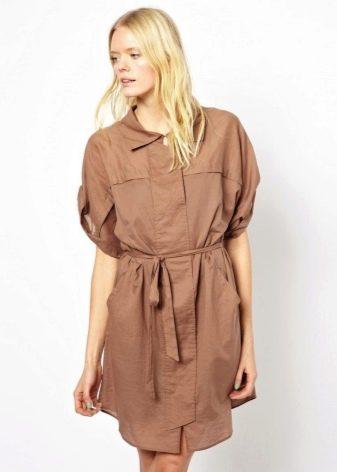 Платье сафари песочного цвета свободного кроя
