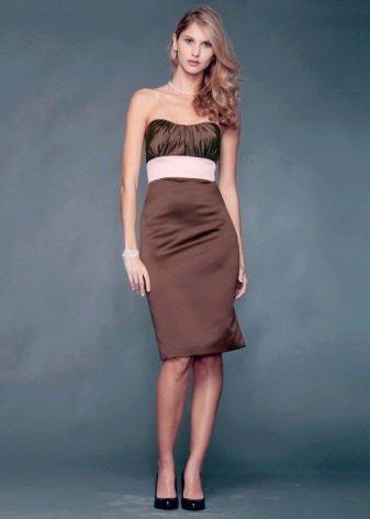 Черные туфли к платью шоколадного цвета
