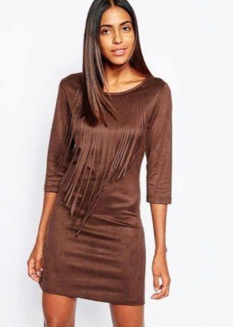 Короткое замшевое платье шоколадного цвета