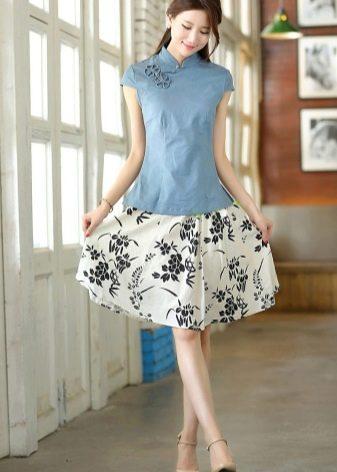 Блузка ципао к юбке с цветочным принтом