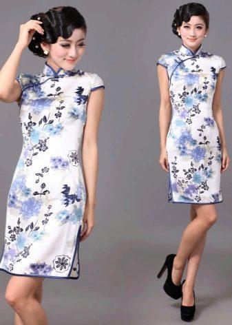 Прическа к платью в китайском стиле