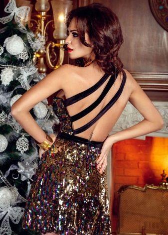 Платье в стиле диско с открытой спиной мини