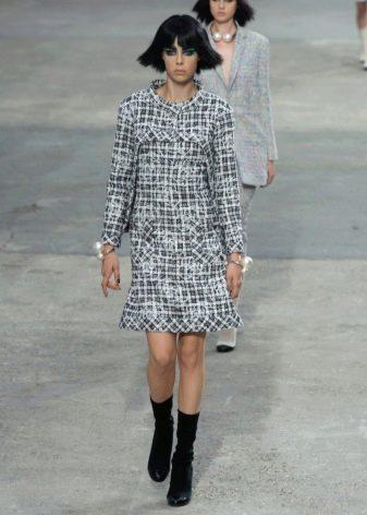 Шанель платье из твида