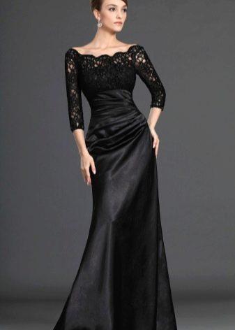 Закрытое черное платье в пол