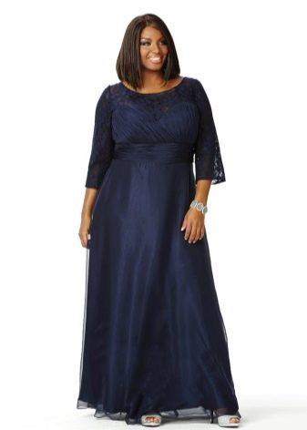 Длинное темное в пол платье для полных скрывающее недостатки фигуры