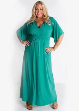 Длинное платье из трикотажа на полную женщину