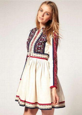 Платье в русском стиле мини-длины