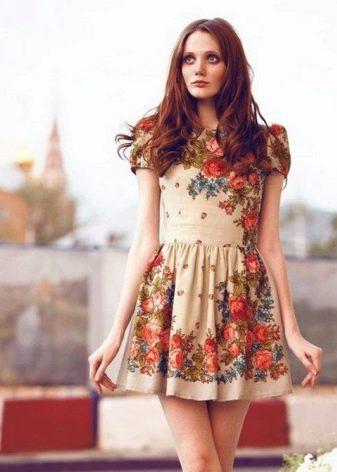 Короткое русское платье