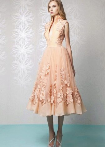 Платье в стиле нью лук оранжевое