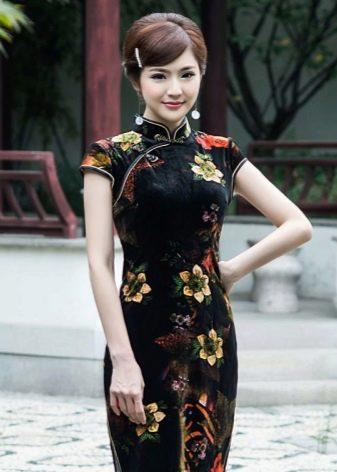Макияж под платье в восточном стиле
