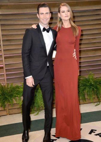 Терракотовое длинное платье - простой фасон
