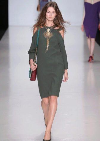 Deep Lichen Green цвета платье