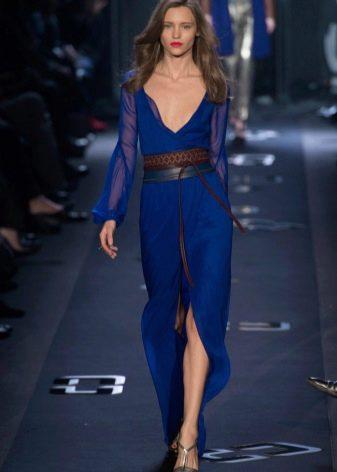 Платье цвета Mykonos Blue